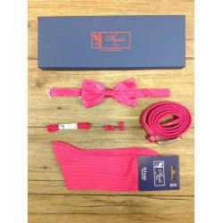 Pack cadeau : coffret chaussettes fil d'écosse, ceintures, lacets, nœud papillon ou cravates, passementeries assorties