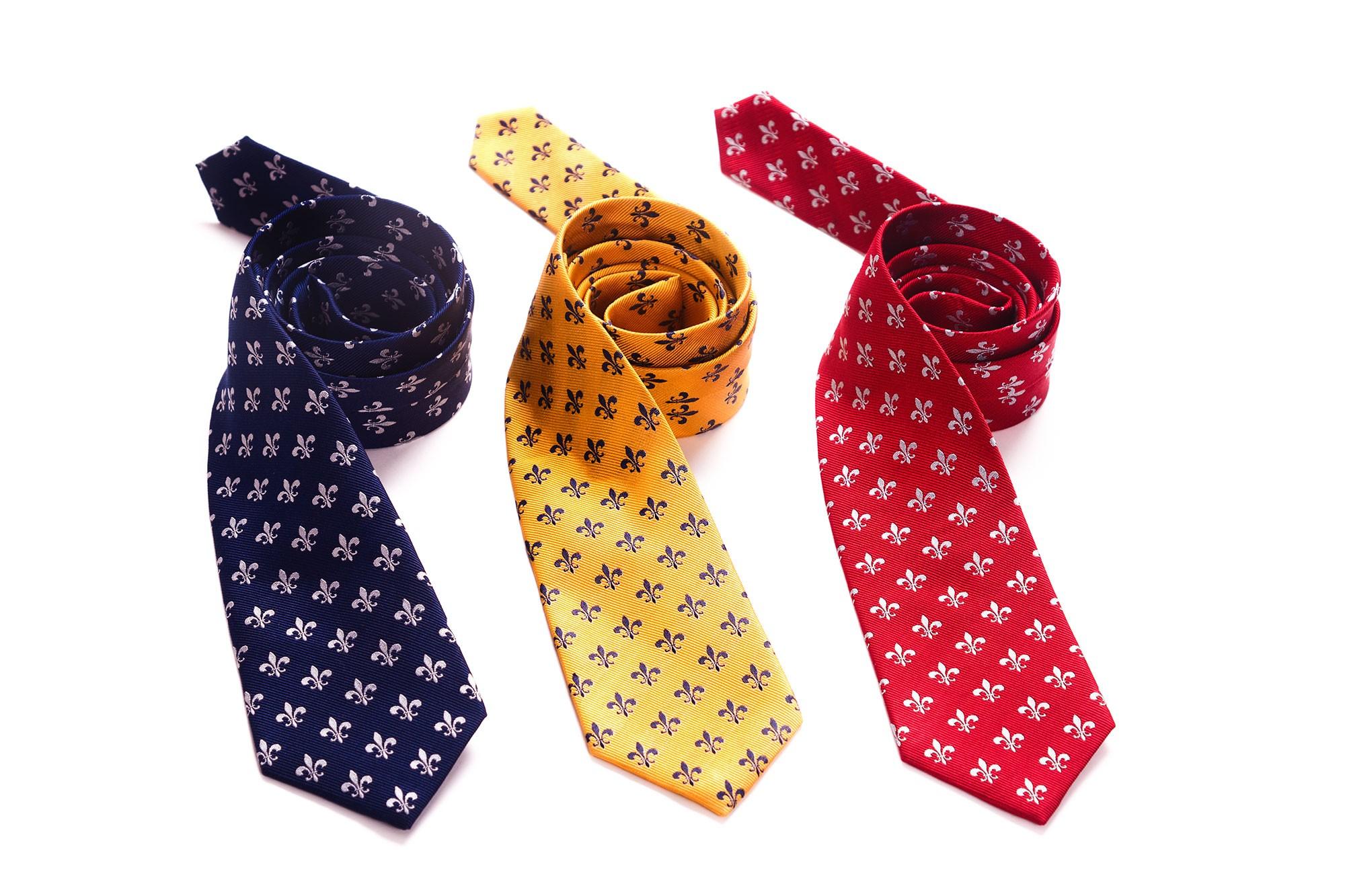 fréquent sélectionner pour plus récent sélection mondiale de AQUILA - Cravates en soie tissée, à fleur de lys